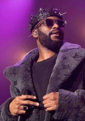 Fally Ipupa lors de son concert à Paris, Février 2020